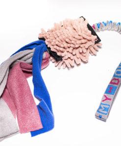 Mopa con tiras de lana